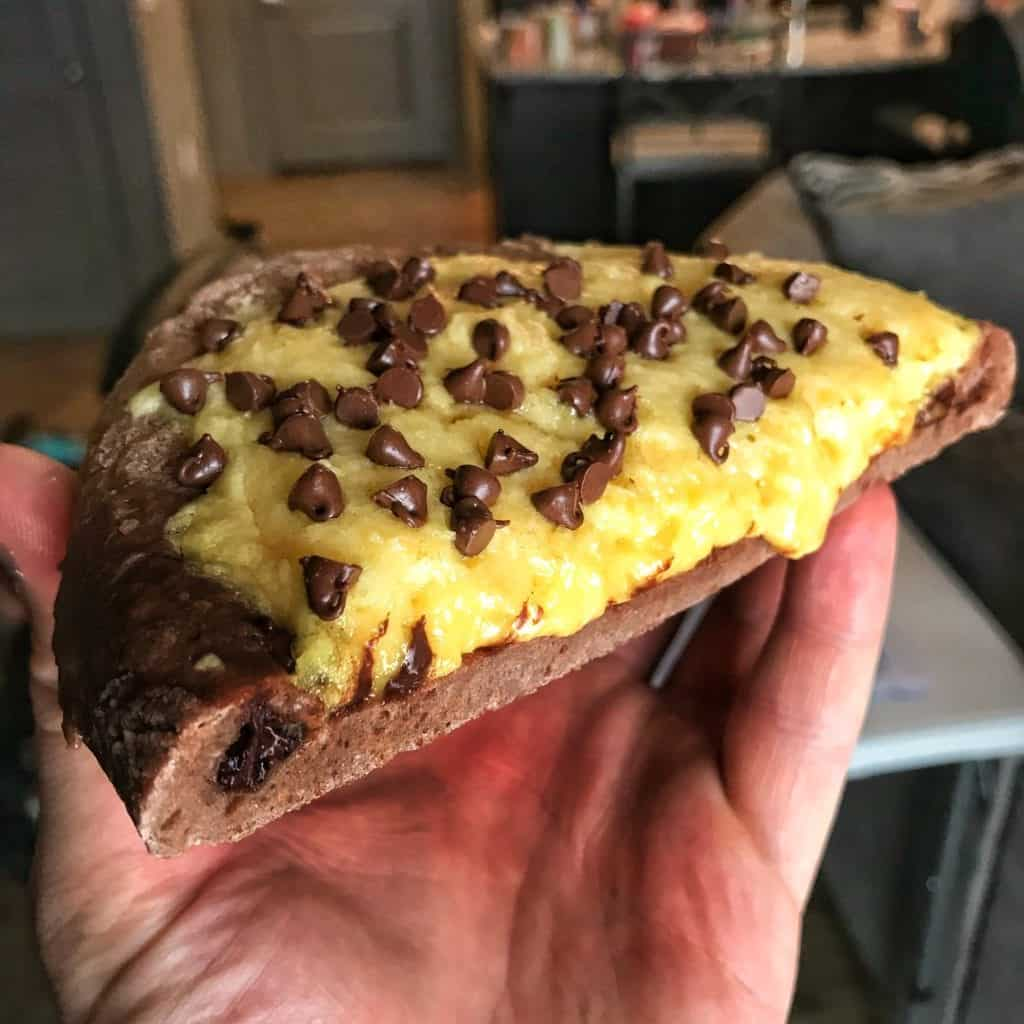 chocolate chip protein pizza