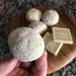 An easy to make white chocolate high protein no bake protein bites recipe with 10 grams of protein and 120 calories per serving. With a prep time of 5 minutes or less, this healthy snack should be a new addition to your snack repertoire.