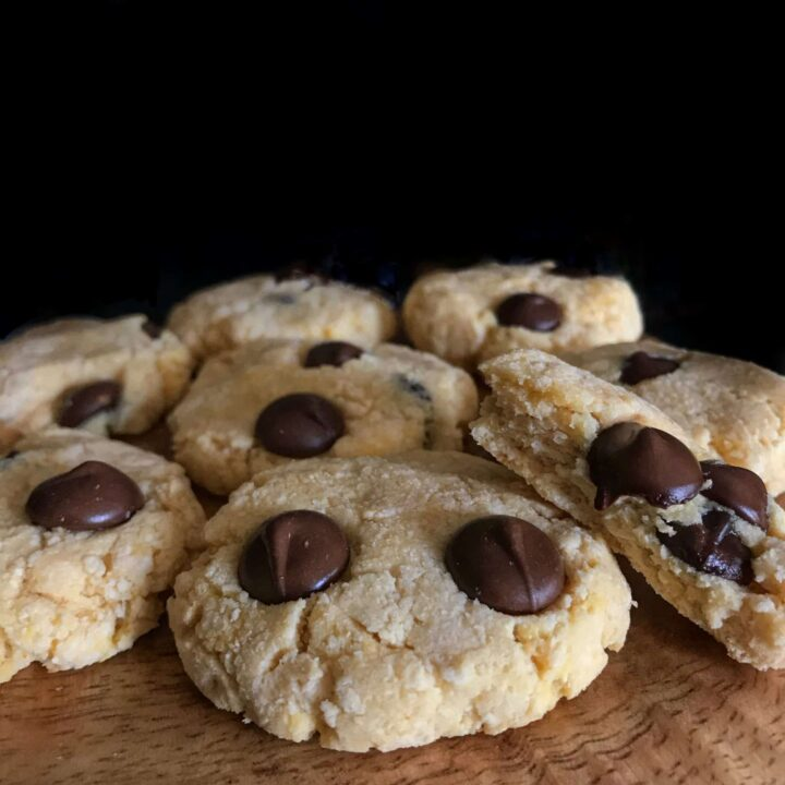 If you'd like to eat 3 cookies for only 219 calories and 22 grams of carbs, you'll love this protein cookie recipe. Even with over 5 grams of protein per cookie, they are perfectly soft and crumbly just like real cookies.