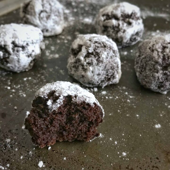 Chocolate Cake Baked Protein Donut Holes