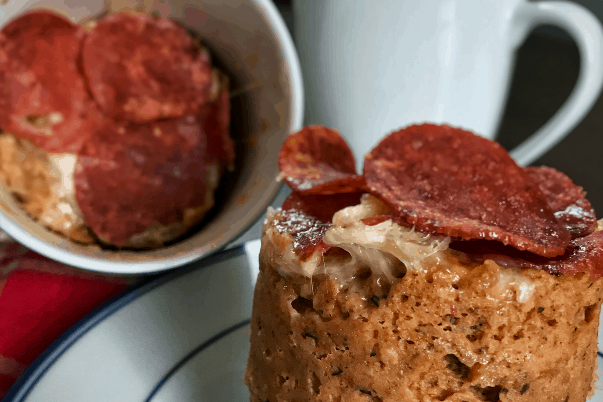 Healthy Pizza in A Mug: Two Low Calorie Pizza Mug Cake Recipes