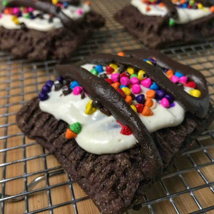 hot fudge sundae copycat healthy pop tarts