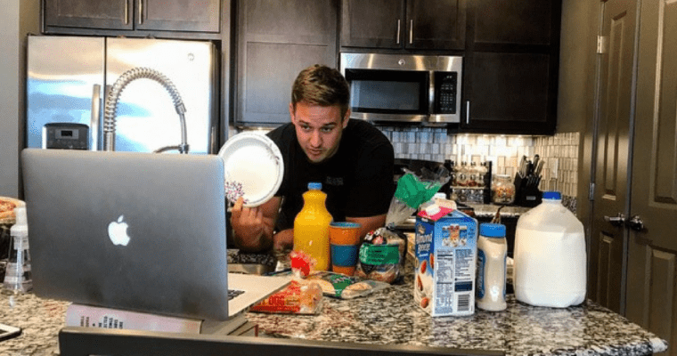How to Become a Nutrition Coach