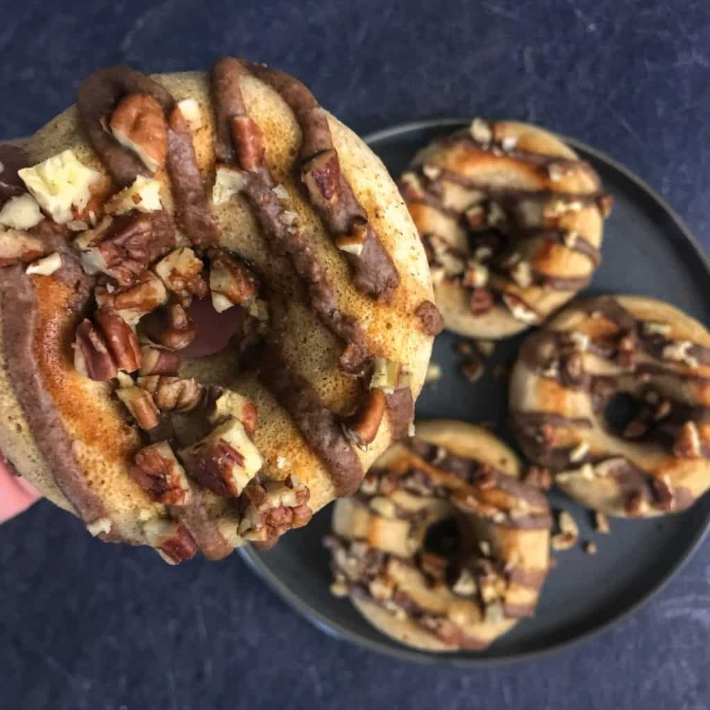 high protein apple pie donuts