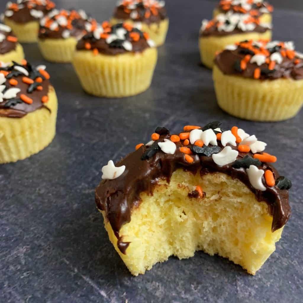 5-ingredient protein cupcakes