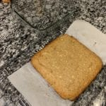 how to line a cake pan with parchment paper 3