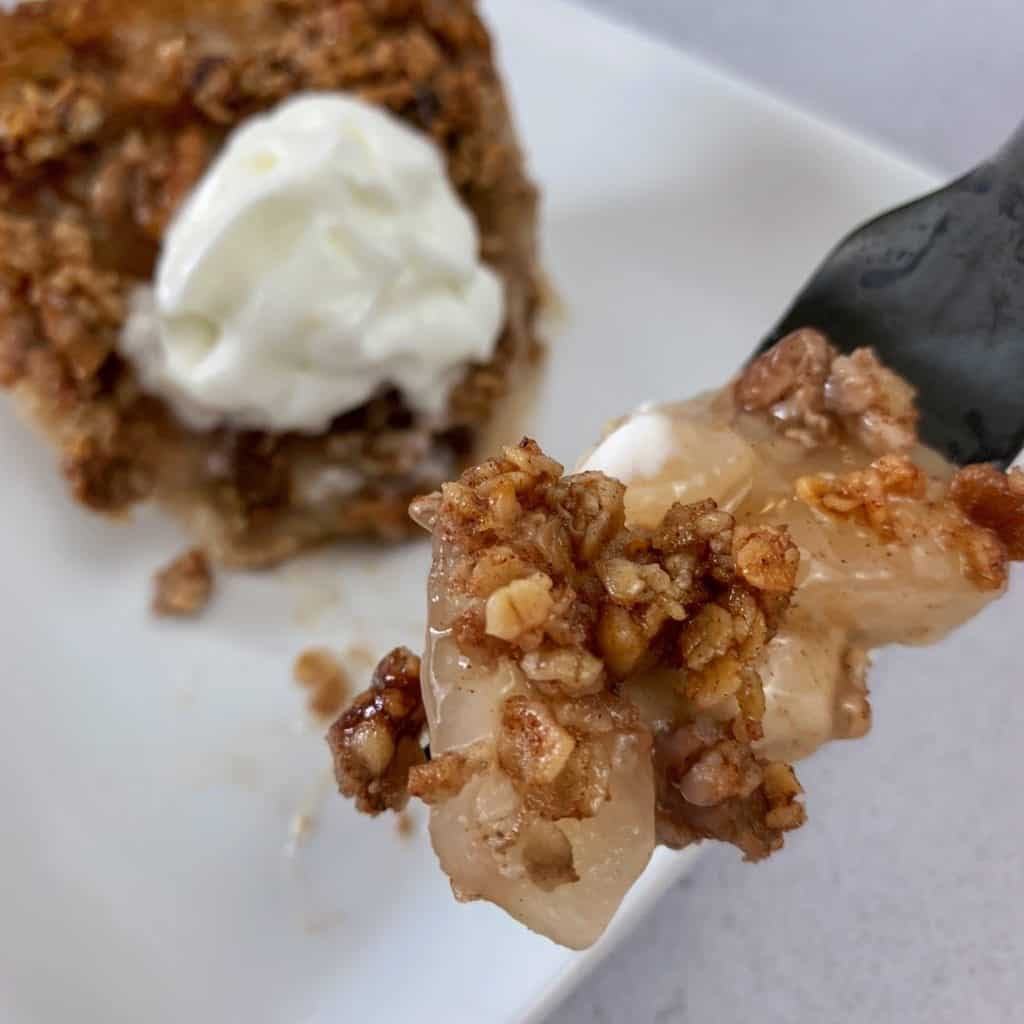 inside the healthy apple crisp pie