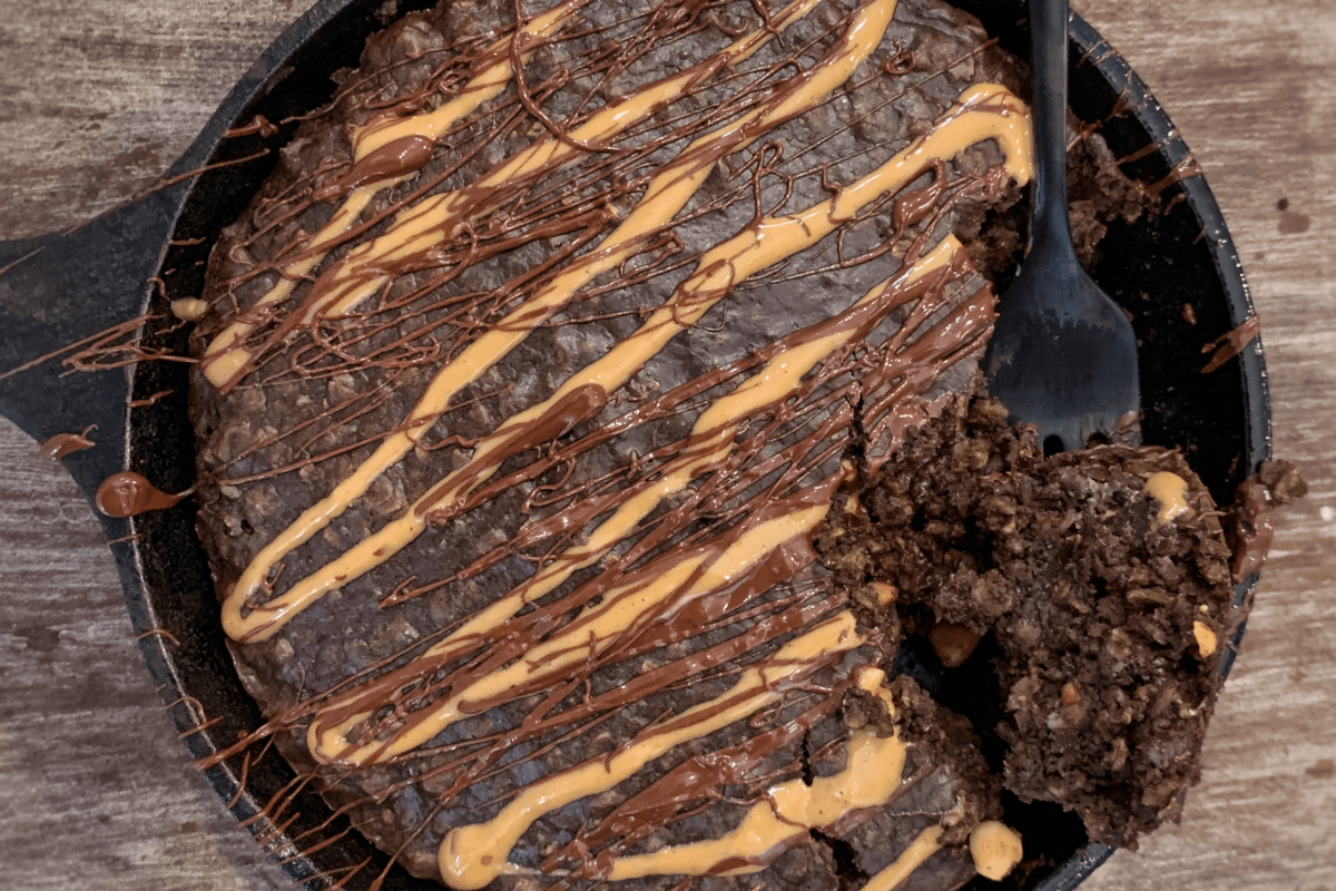Chocolate Peanut Butter Protein Oatmeal Bake