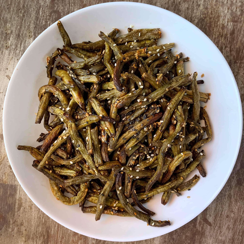 air fried green beans in a bowl