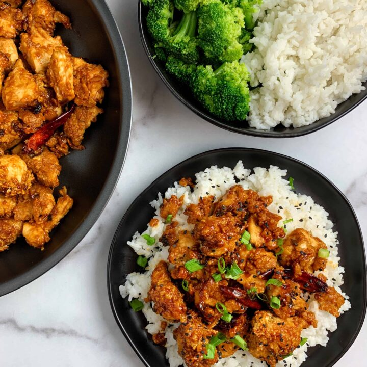 healthy general tso chicken with steamed broccoli and white rice