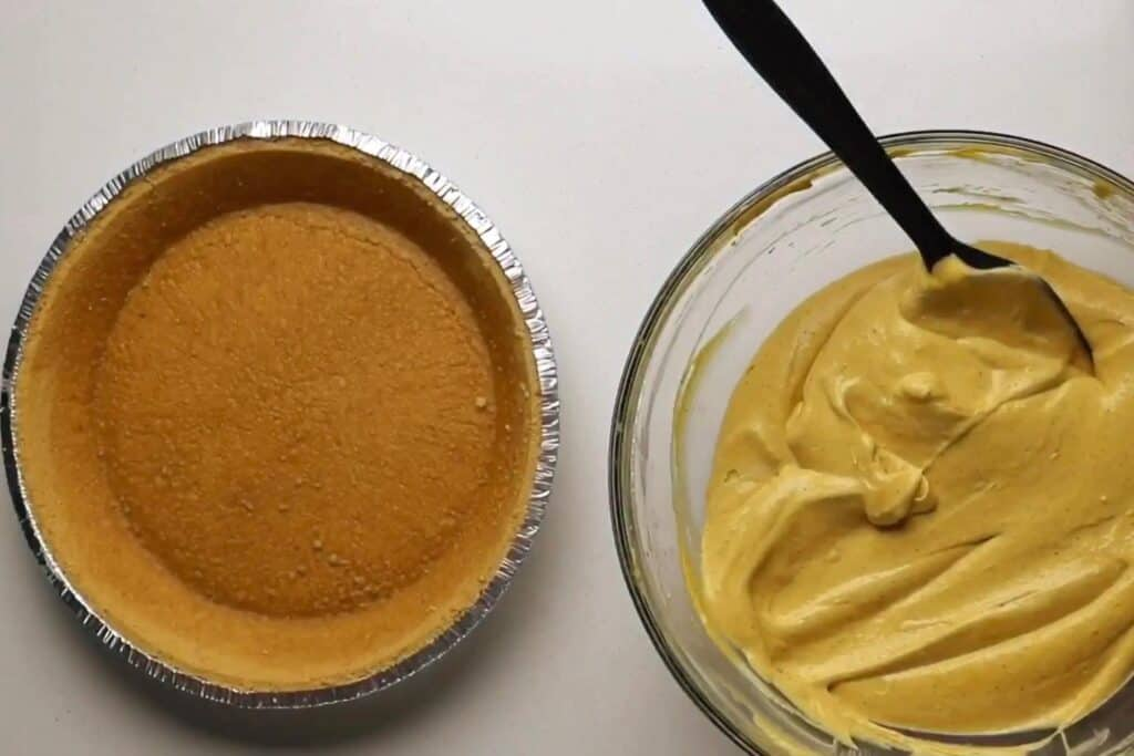 pie crust and protein cheesecake filling