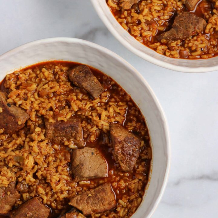 easy slow cooker Texas chili with rice