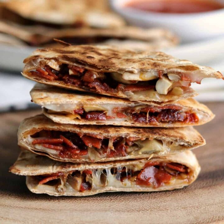 5-Ingredient Pizza Quesadillas