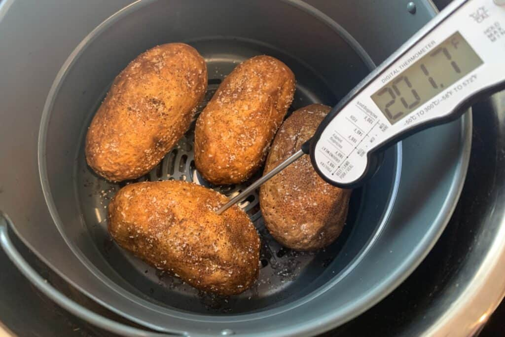 baked potatoes in an air fryer