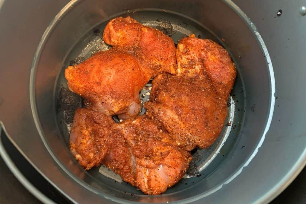 buffalo chicken thighs in the air fryer