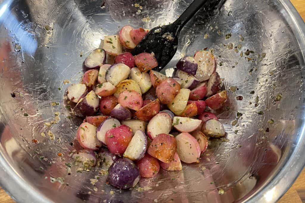 radishes with olive oil, garlic, pepper, and parsley flakes
